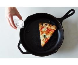 Как сделать свежей вчерашнюю пиццу